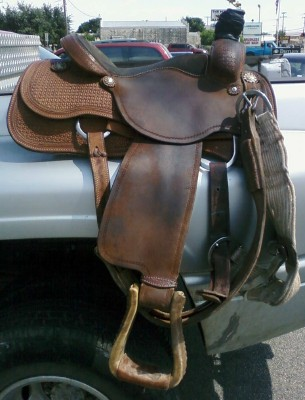 J and K Performance Horses - Trailers/Tack For Sale